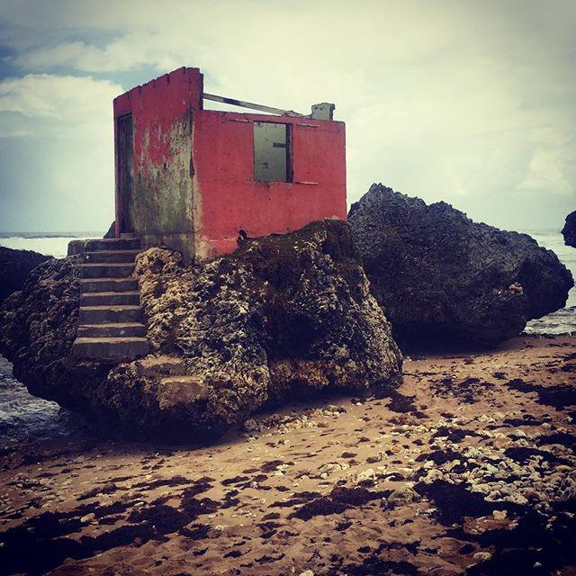 Location, location, location.....just needs a little work! #barbados #barbados2017 #barbados🇧🇧 #carribbean #atlantic #eastcoastbarbados #bathsheba #coast #derelict #holidayhome #sea #eventplanner #eventprofs #incentivetrip