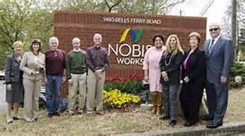 Tommy Nobis center 2.jpg