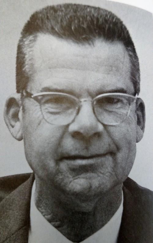Lan Hewlett  (S)
