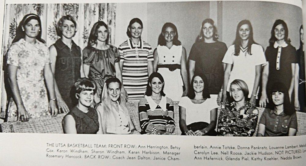 1971 basketball team Coach Jean Dalton