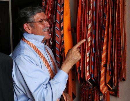 The orange tie du jour decision