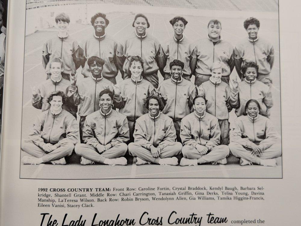 Women's Cross Country Team