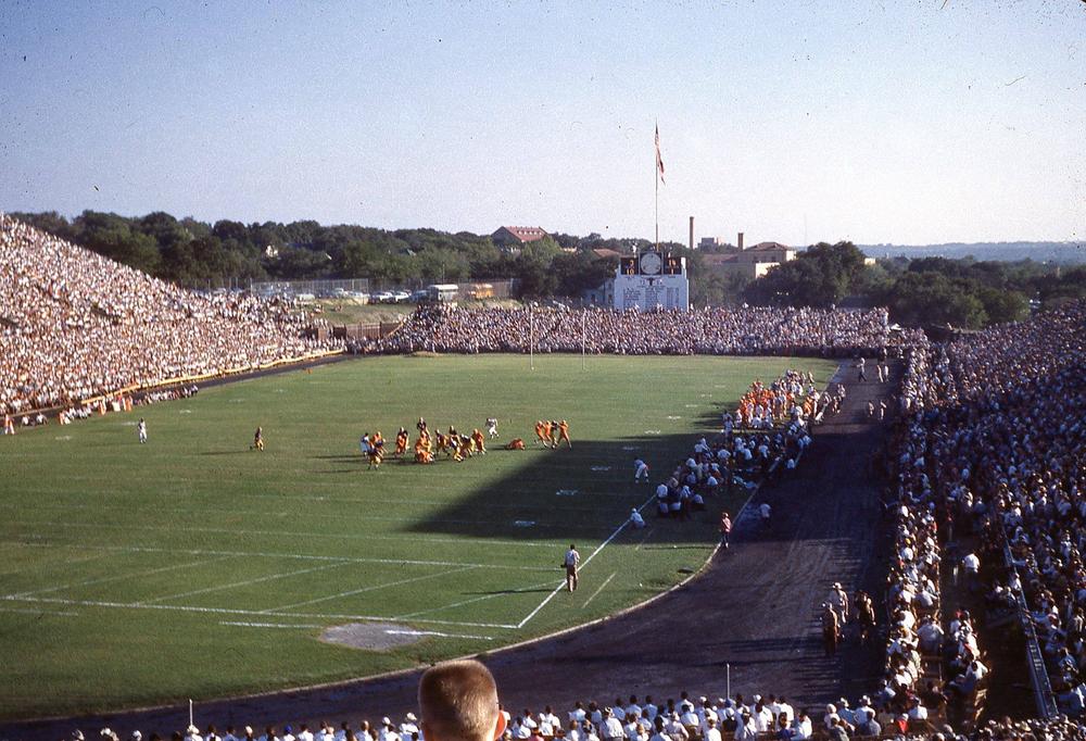 1952 Notre Dame game.jpg