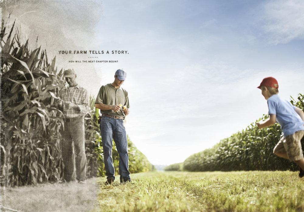 farmers_standing_spreadalt@465.jpg