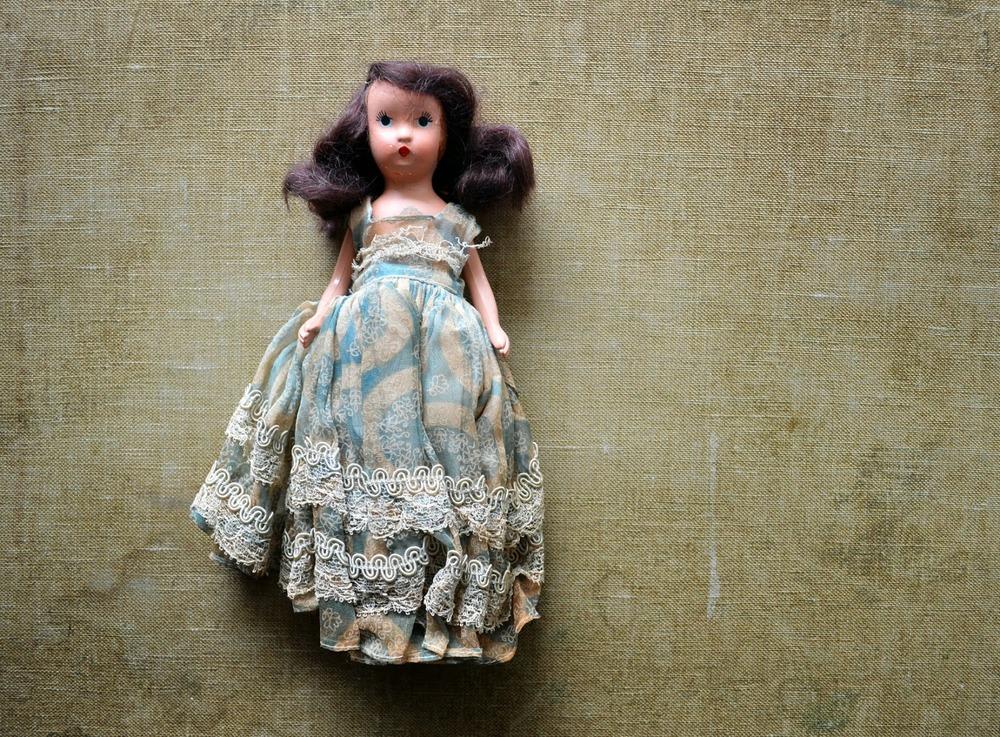 untold imprint doll