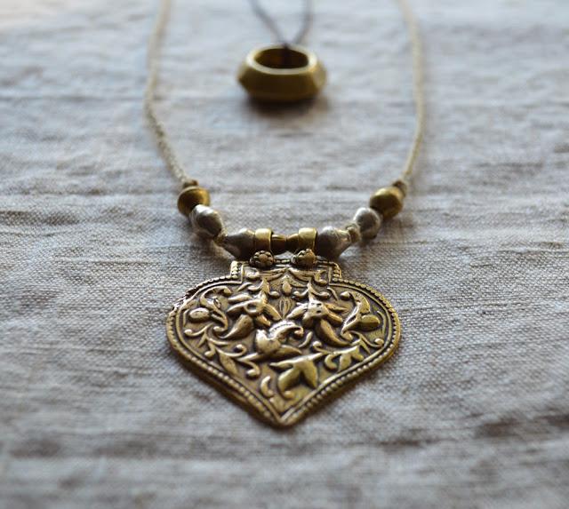 Badria+necklace+1.jpg