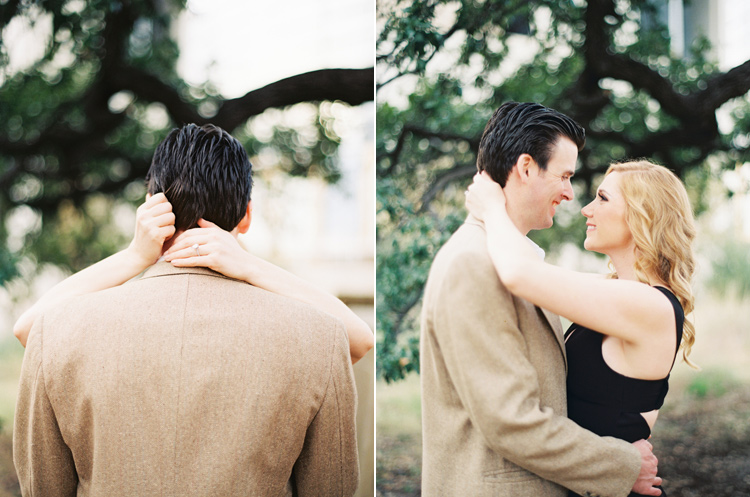 DOWNTOWN AUSTIN ENGAGEMENT SESSION PHOTO