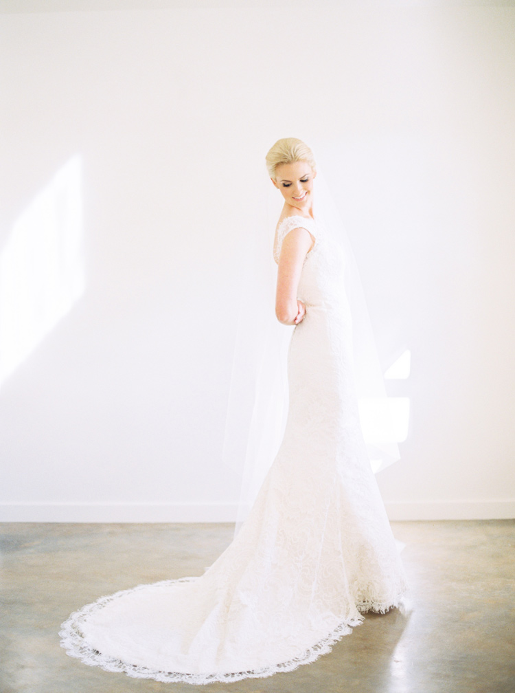 AUSTIN-FINE-ART-WEDDING-PHOTOGRAPHER-PHOTO.jpg