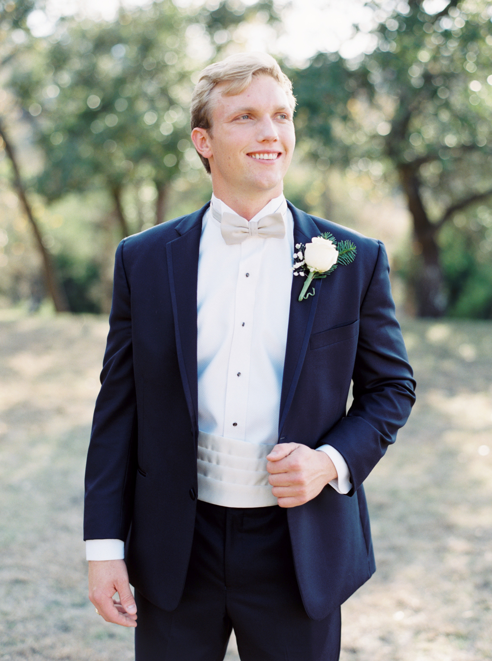BOERNE WEDDING PHOTOGRAPHER-40.jpg