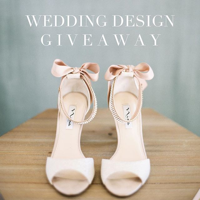 Y'all, our beautiful and oh so talented friend Melanie of @mayhardesign is giving away a wedding design package to one lucky couple! Head over to her profile to enter!!! Or tag your engaged friends below to let them know!!! Her style and aesthetic is amazing - the perfect blend of elegant and classy. 😍😍😍 now stop reading and go enter already. 💕😘