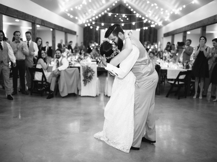 HERITAGE_HAUS_WEDDING_PHOTO_LOFT_PHOTOGRAPHY-22.jpg