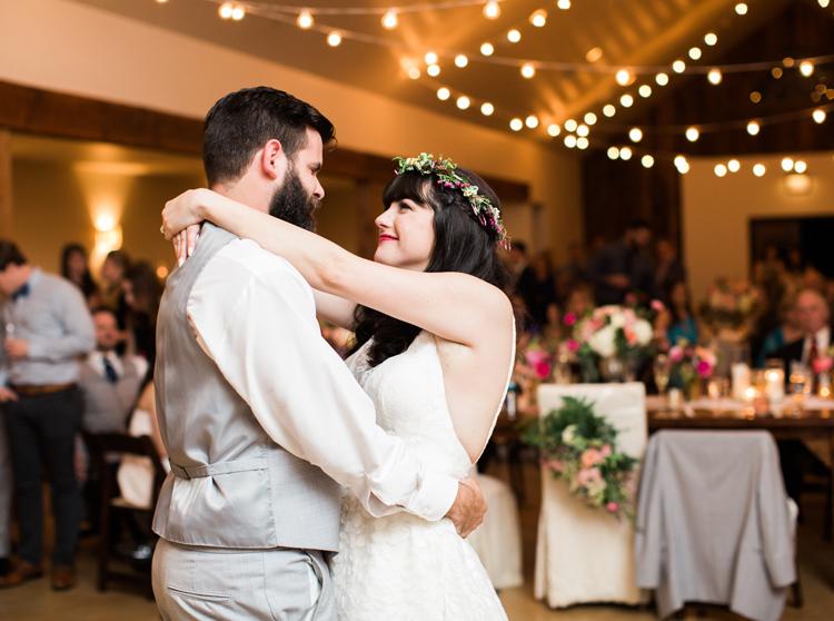 HERITAGE_HAUS_WEDDING_PHOTO_LOFT_PHOTOGRAPHY-21.jpg