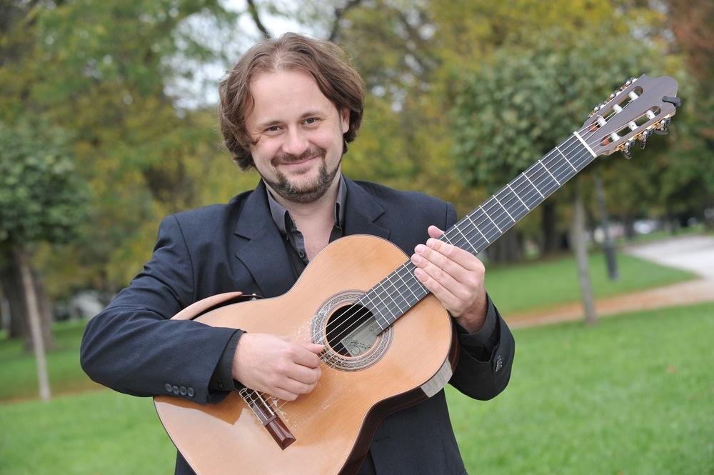 Alen Garagic - Guitar