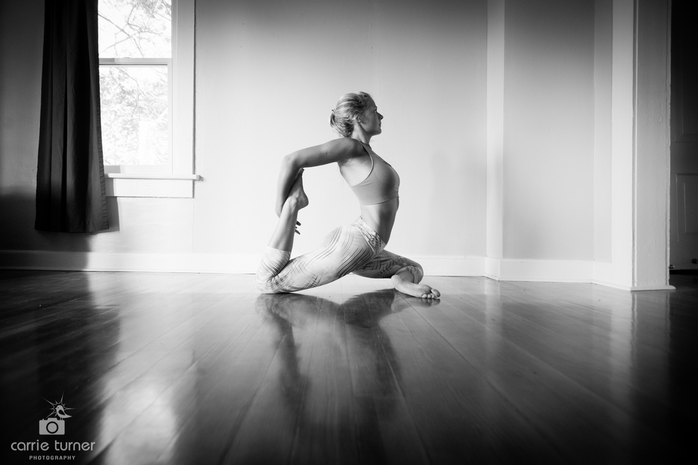Maggie_yoga and portraits-44.jpg