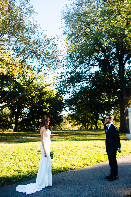 HeatherPhelpsLipton-Modern-Wedding-Photography-ProspectPark-PicnicHouse-summer-31.jpg