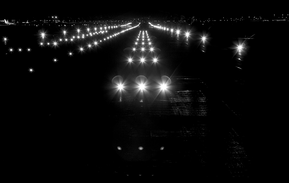 runway_atnight__full_small.jpg