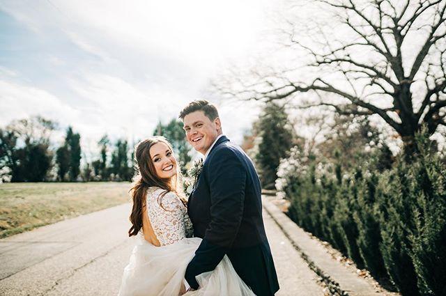 Sneak peek of yesterdays gorgeous wedding at Knoxville Botanical Garden! 😍