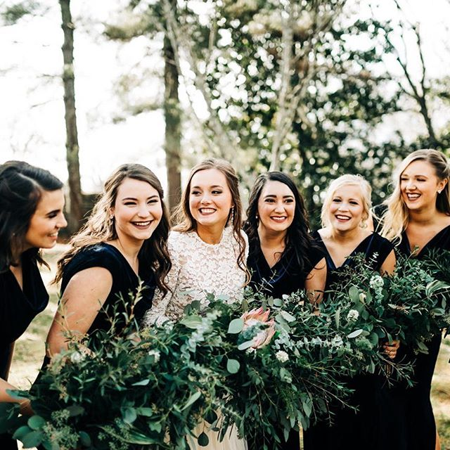 Just a Bride and her favorite ladies! ❤️