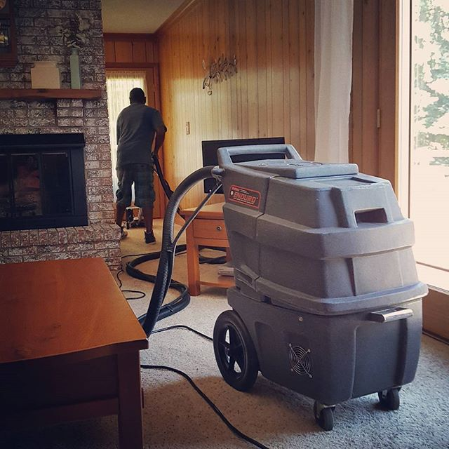 Our amazing employees and carpet cleaning machine are hard at work! #carpetcleaning #CasaBellaCleaningService