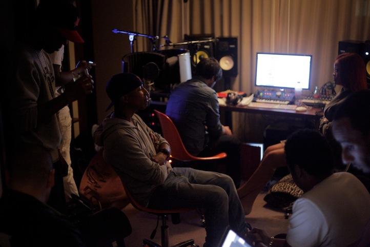 nommeresun: Jay-Z, Pharrell, Swizz Beatz, Kid Cudi & Rihanna | Watch The Throne Studio Sessions