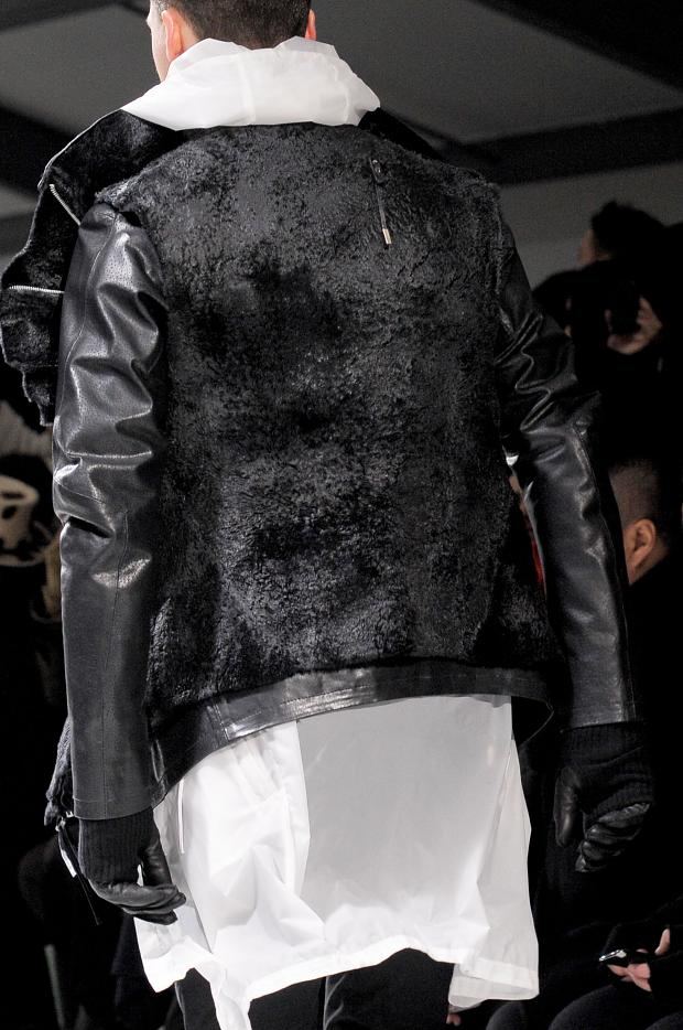 mevnxtvur :      bostonroll :      Boris Bidjan Saberi fall 2013 detail       Distressed.