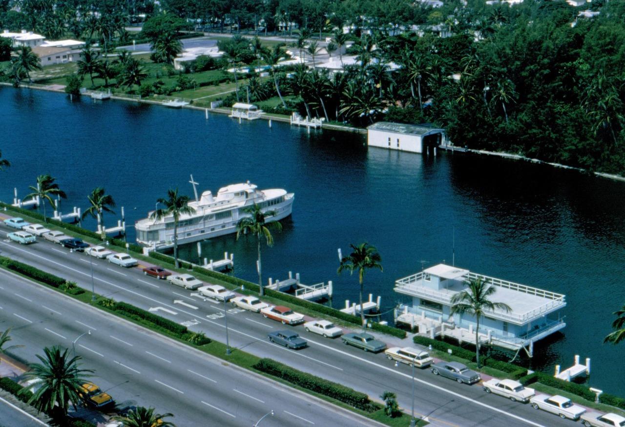 coloursteelsexappeal: Miami, Florida; 1964
