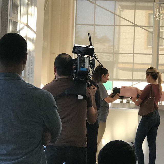 Magnolia Avenue Sslon is now Home to the new AT&T  IPhone commercial.  Long day shooting in the salon.  #peerspace #salonlocation #iphonecommercial