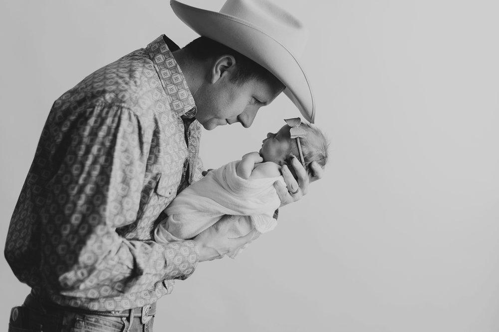newborn-photographer-billings-montana-bozeman-baby-photography--43.jpg