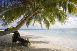 complete your open water dives in a warm tropical location