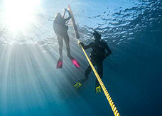 Learning to dive deeper is a key part of the padi advanced open water course