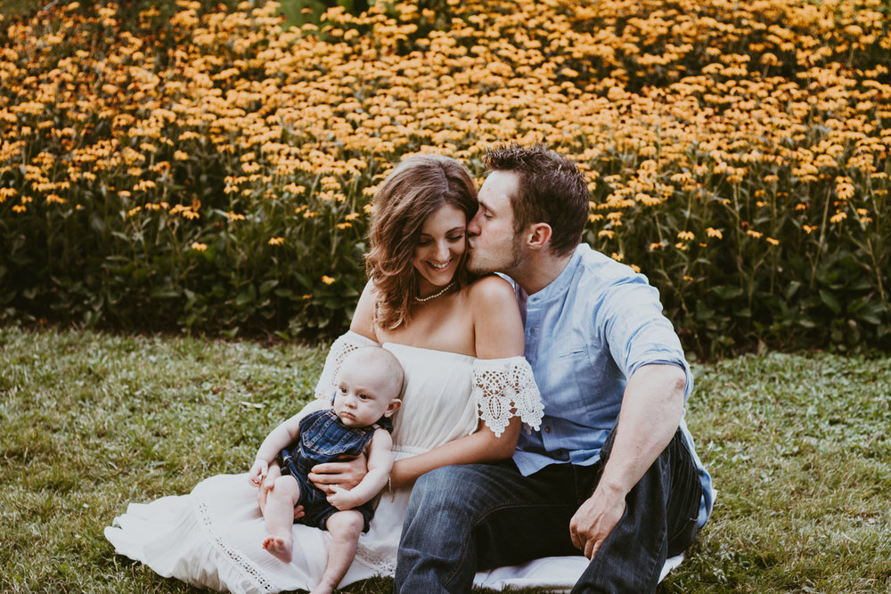Newborn Garden Family Portrait Session | Kayli LaFon Photography | Greensboro Winston-Salem, North Carolina Photographer