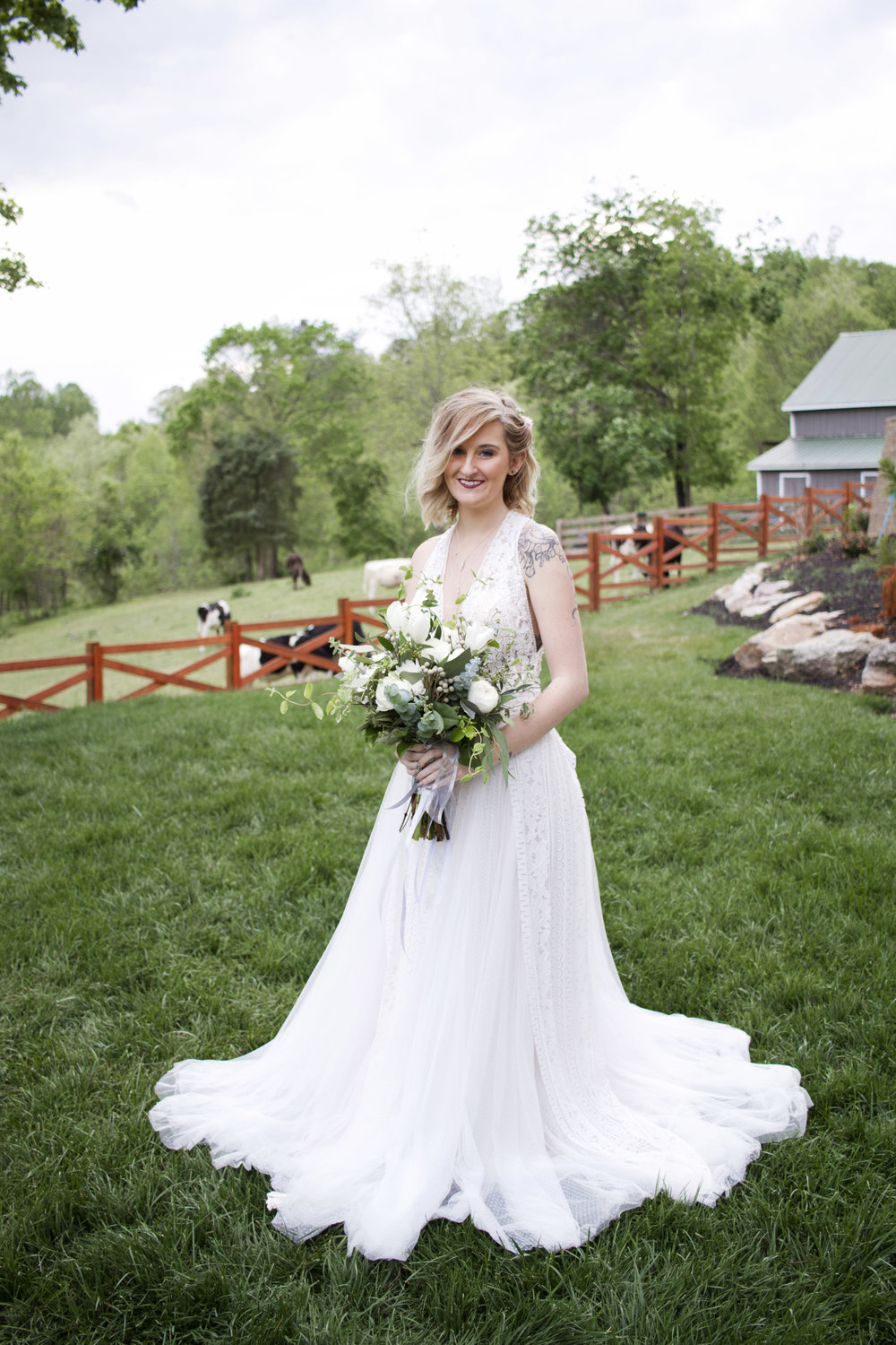Crooked Creek Bridal Shoot by Kayli LaFon Photography