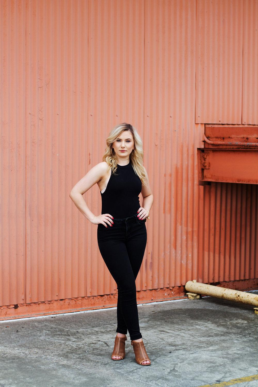 Downtown Greensboro, North Carolina Senior Portraits | Kayli LaFon Photography