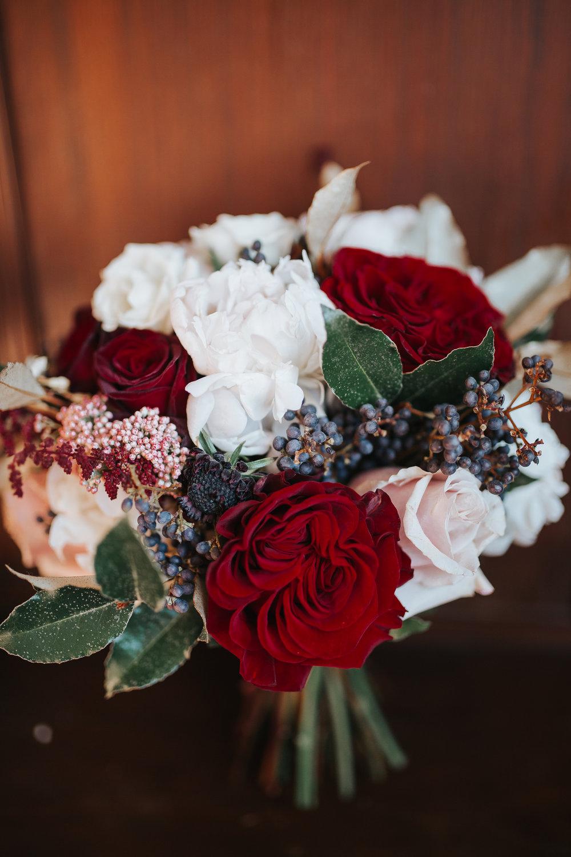 Charming December Winter Wedding | Kayli LaFon Photography | Greensboro Winston-Salem, NC Wedding Photographer