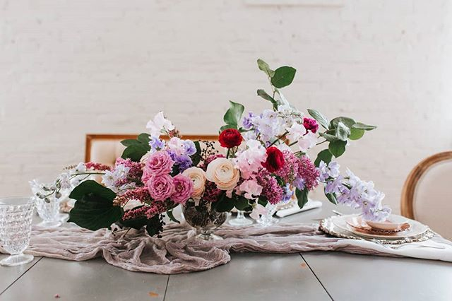 Ahh, I almost forgot how gorgeous this floral centerpiece was!!