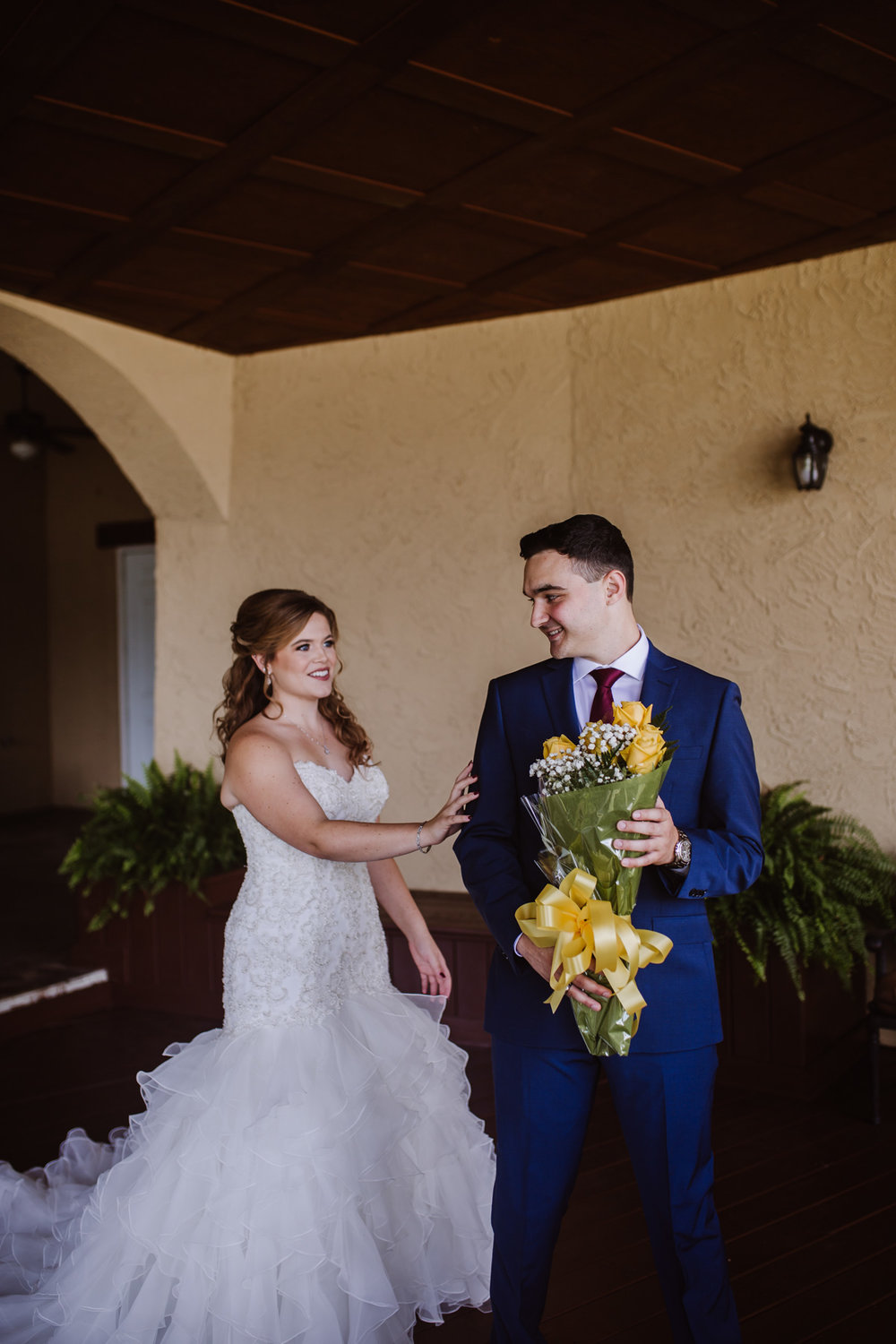 First Look photography, pro's and how to have one | Kayli LaFon Photography