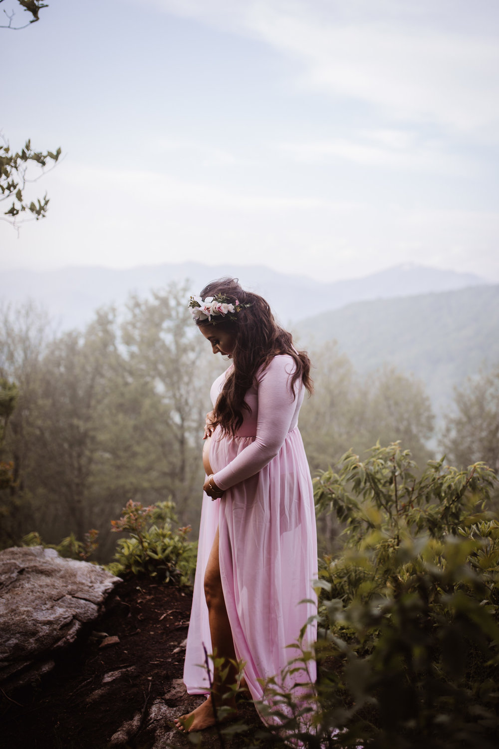 Craggy Gardens, Asheville North Carolina | Maternity Session on the Blue Ridge Parkway by Greensboro Winston-Salem Photographer | Kayli LaFon Photography
