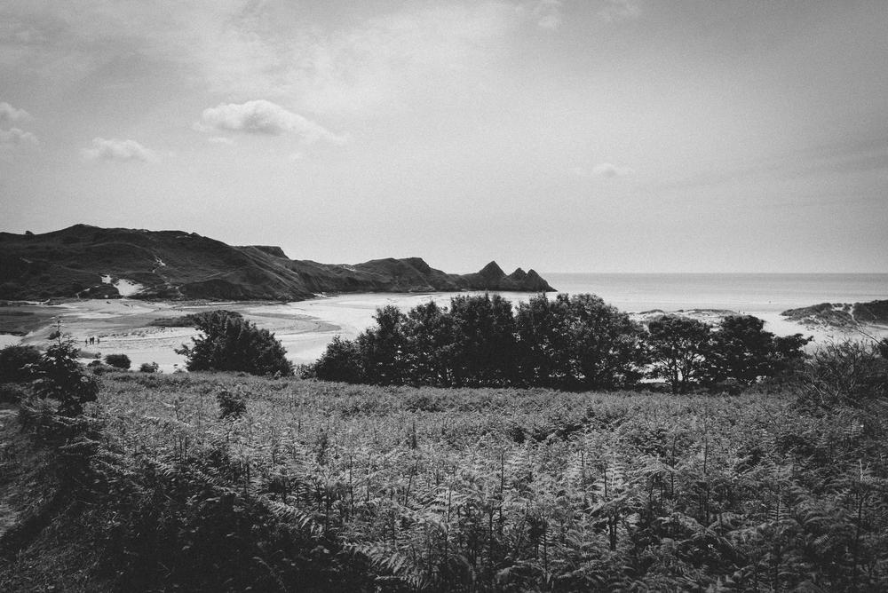 3 Cliffs Bay