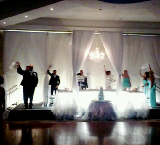 Wedding Party Dances at White Oaks Conference Resort & Spa