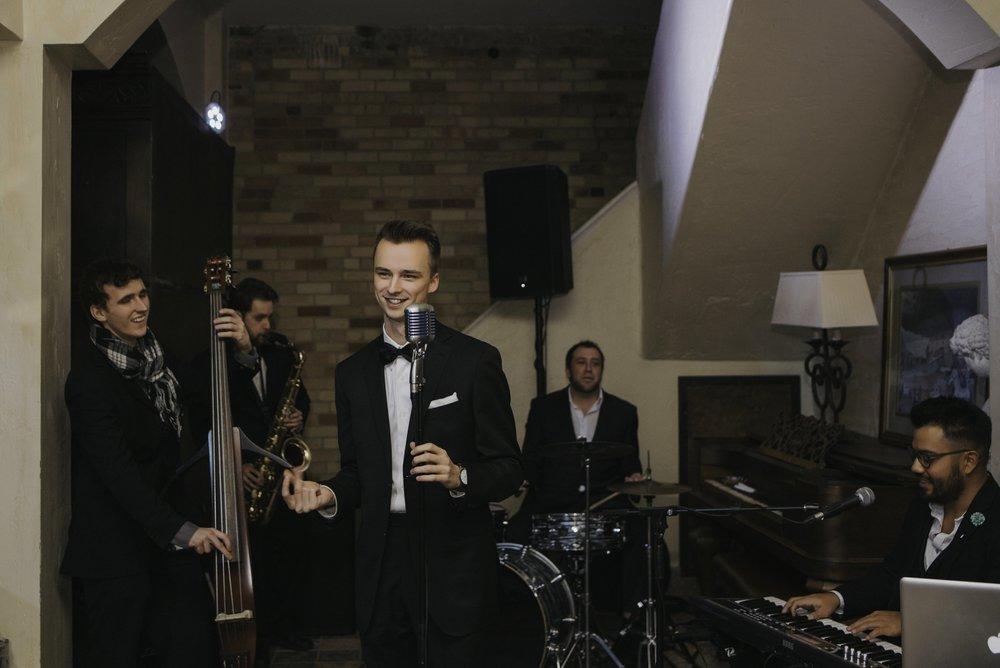 586 Jazz Band at Hacienda