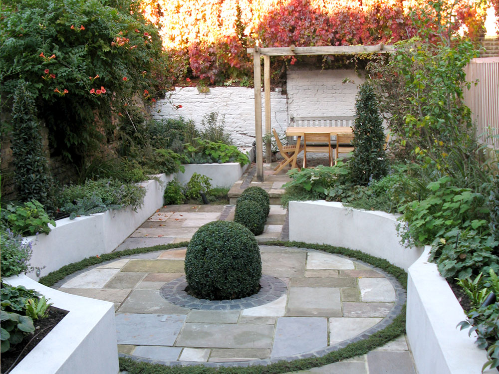 This is a photograph of the same garden taken soon after the completion of the garden in the Autumn.