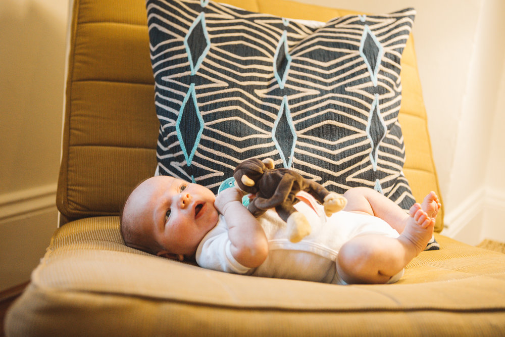 Sacramento Lifestyle Newborn Photographer
