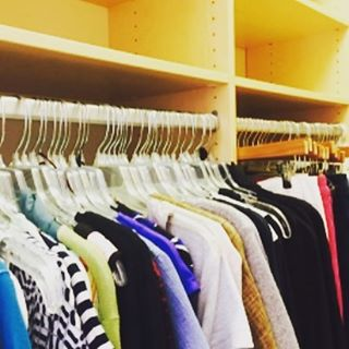 Matching hangers make a huge difference. #downsizing #organized #Cleartheclutter #closet