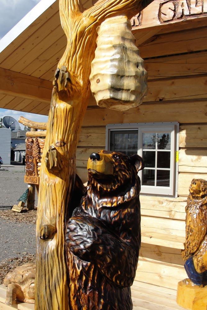 bear-and-beehive.jpg