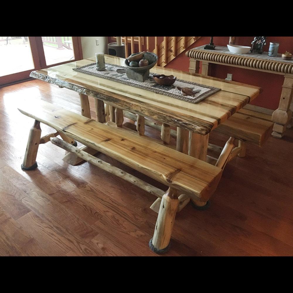 kitchen table_1.jpg