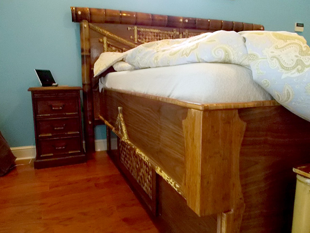 bamboo platform bed side.PNG
