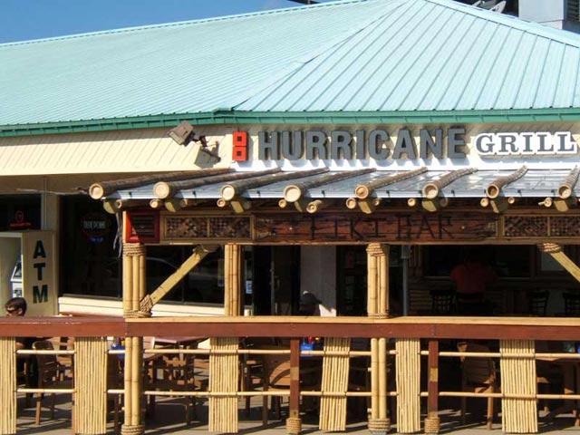 | Commercial Visions | Hurricane Grill & Wings |