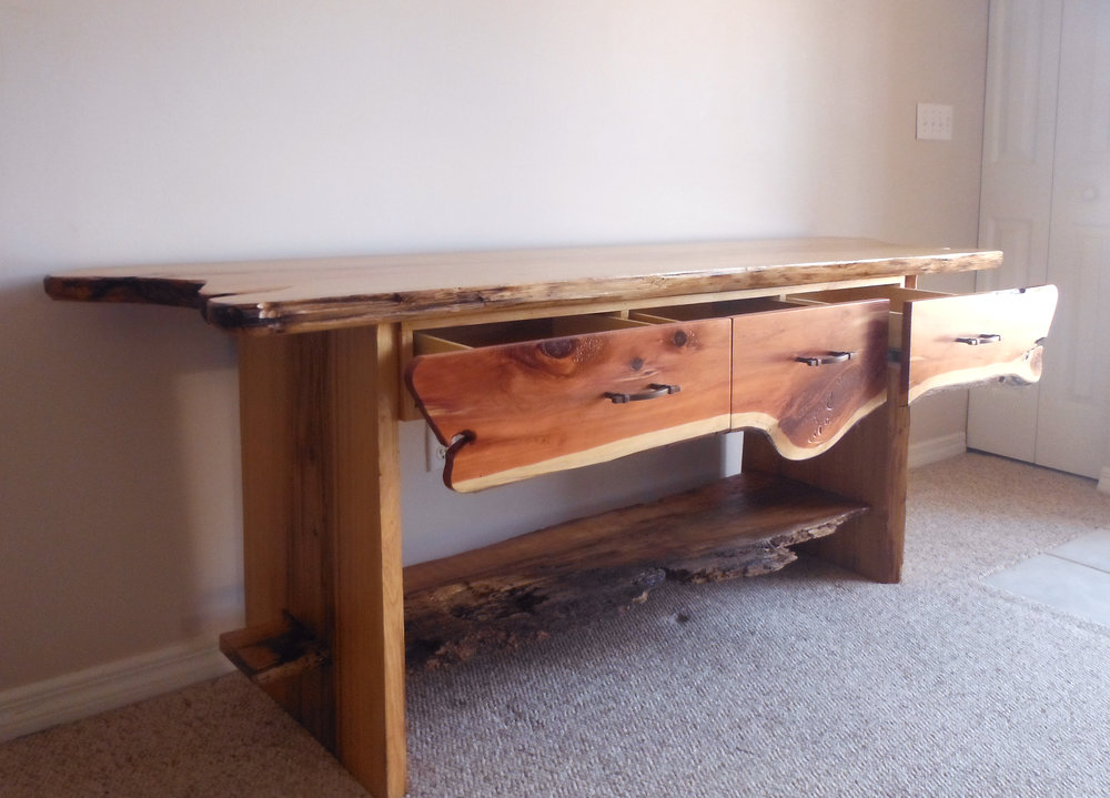 console table half side view.jpg