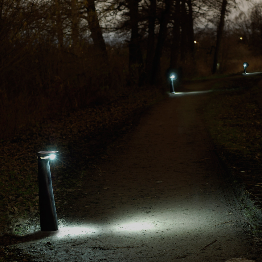 When the path is empty, Parkathon only emits a discreet indication light, to save energy and prevent light pollution.