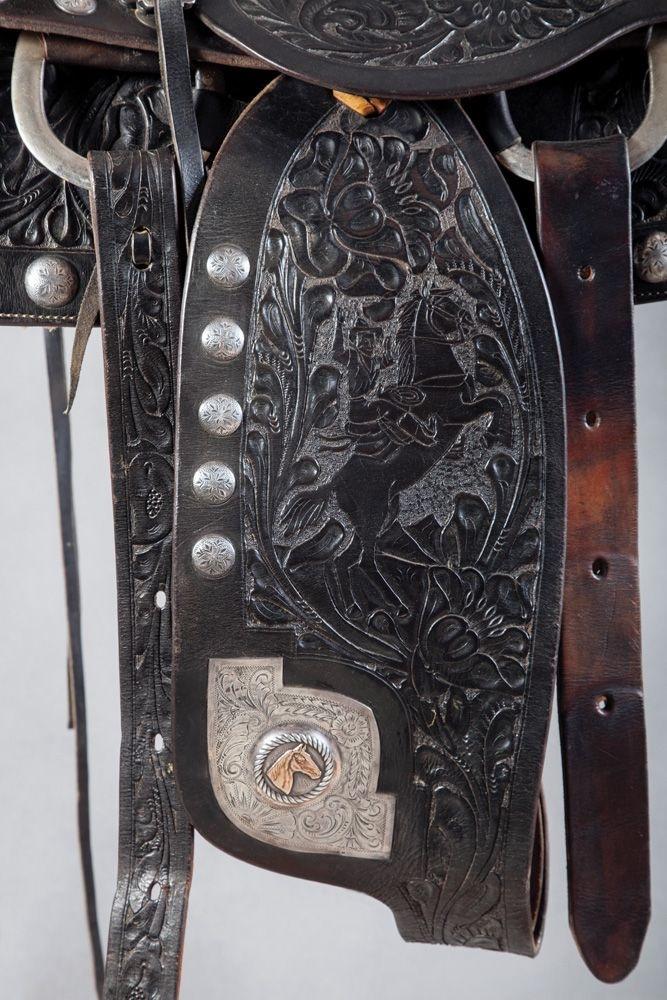 Saddle detail.JPG